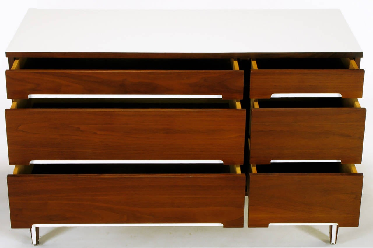 Walnut and White Micarta Six-Drawer Dresser In Good Condition For Sale In Chicago, IL