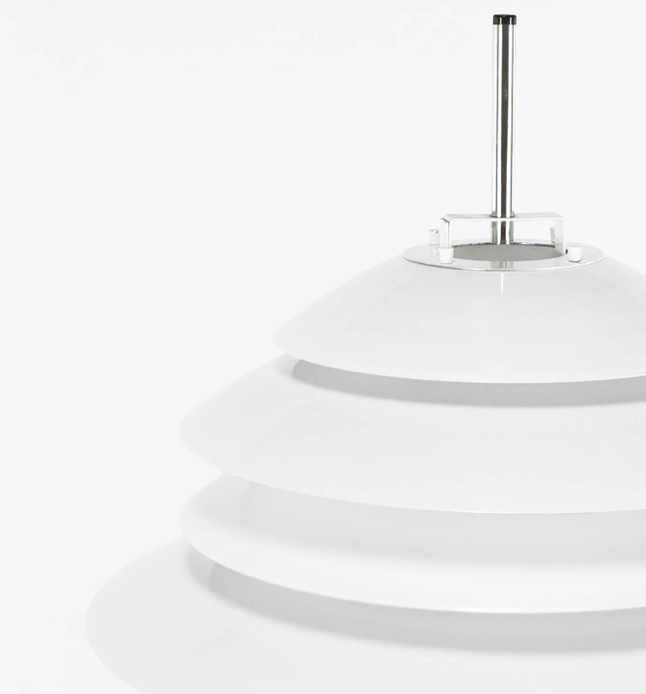 Mid-20th Century Sonneman Chrome and White Enamel Floor Lamp For Sale