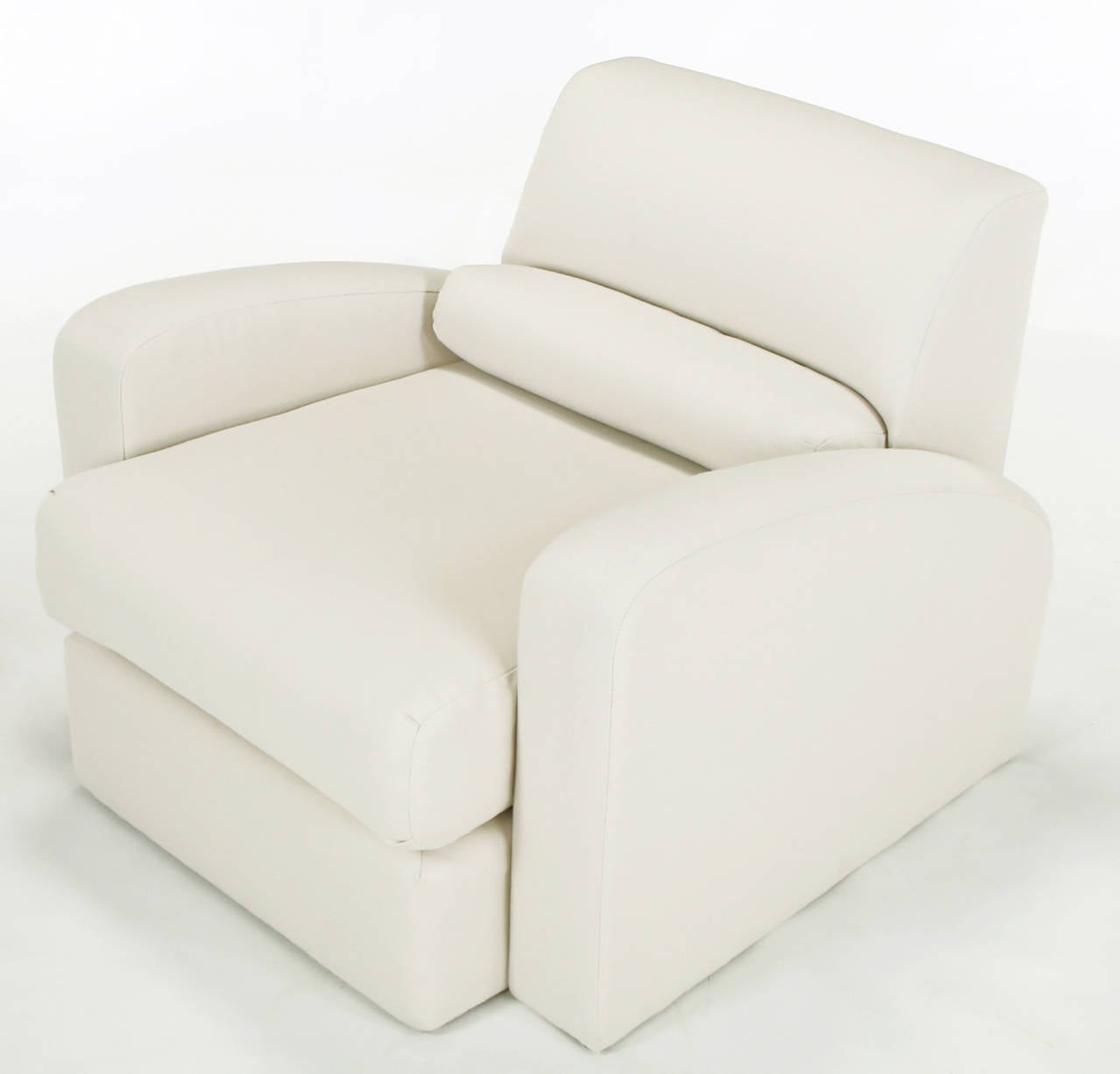 Jay Spectre Steamer Lounge Chair with Ottoman In Excellent Condition For Sale In Chicago, IL