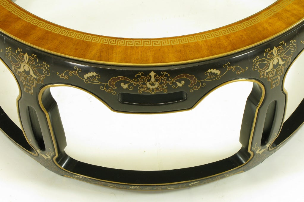 Asian Open Drum Coffee Table - Lacquered & Parcel Gilt For Sale 1