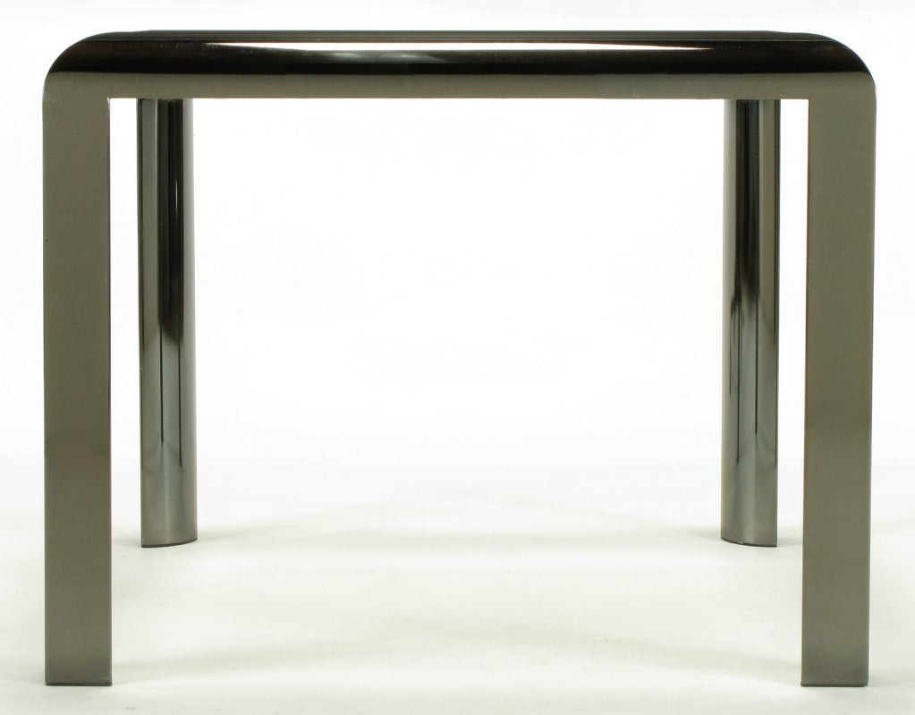DIA End Table in Radiused Gunmetal with Beveled Glass In Good Condition For Sale In Chicago, IL