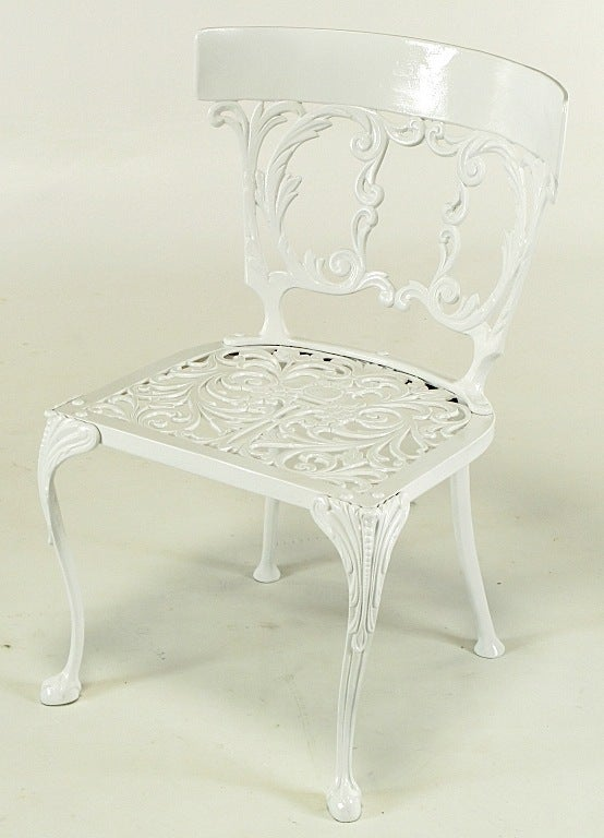 Six Molla Cabriole Leg Aluminum Dining Chairs In Good Condition For Sale In Chicago, IL