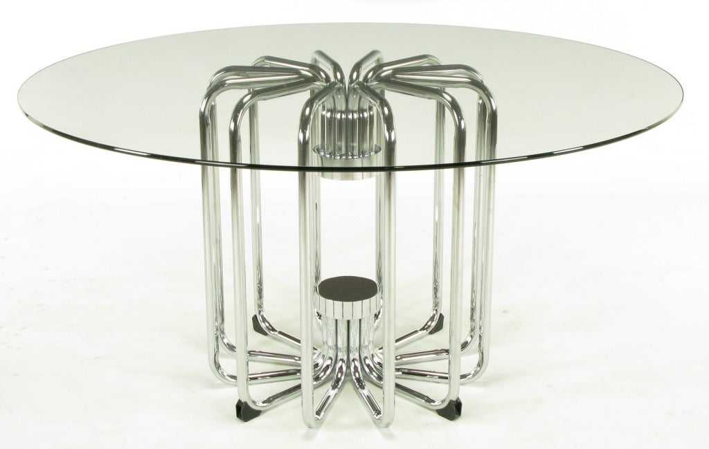 Melon Form Chrome and Glass Dining Table In Good Condition For Sale In Chicago, IL