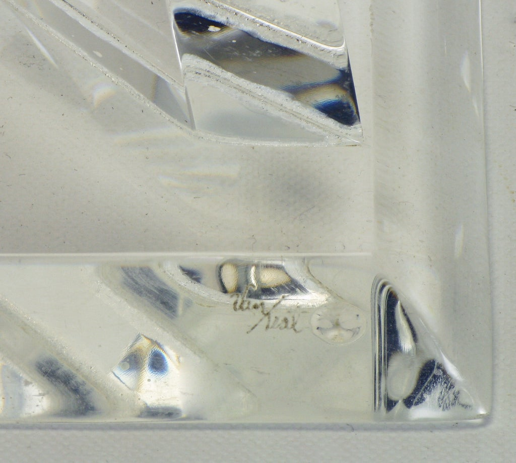 Hivo Van Teal Pyramidal Acrylic Sculpture For Sale 4