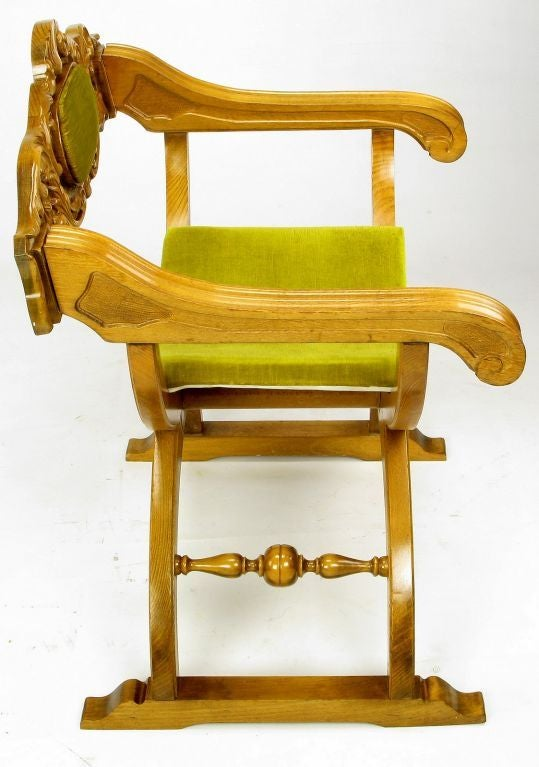 Mid-20th Century Pair of Italian Curule Campaign Chairs in Wood and Chartreuse Velvet For Sale