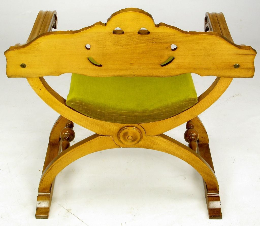 Pair of Italian Curule Campaign Chairs in Wood and Chartreuse Velvet For Sale 1