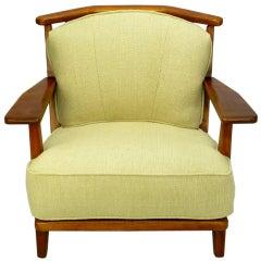 Cushman Colonial Red Rock Maple Club Chair