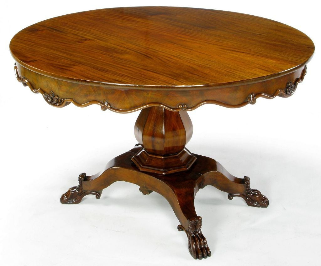 Hand-Carved Walnut Italian Neoclassical Paw Foot Dining Table In Good Condition For Sale In Chicago, IL