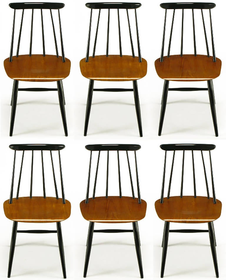 Six Ilmari Tapiovaara Teak And Black Lacquer Dining Chairs 2