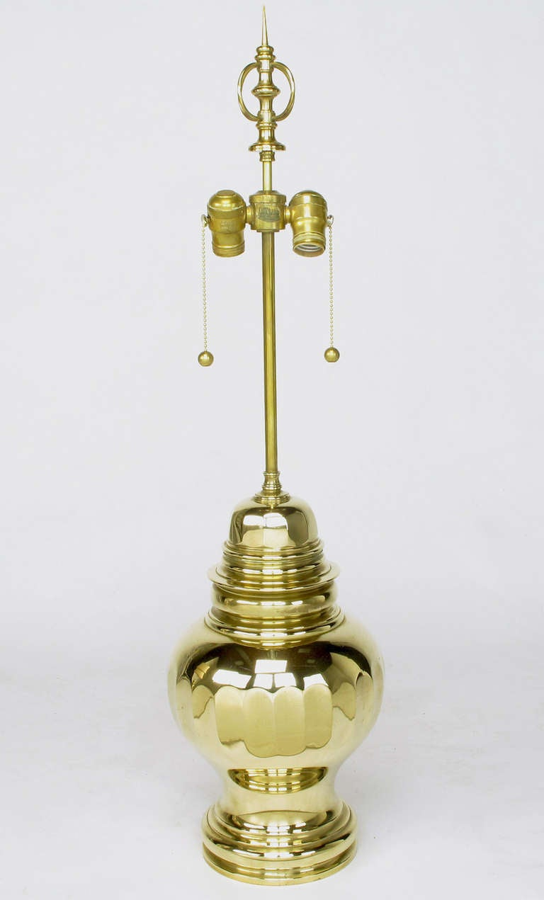Pair of Vintage Chapman Brass Ginger Jar Table Lamps In Excellent Condition For Sale In Chicago, IL