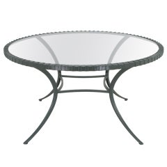 Thinline Cast Aluminum Round Klismos Leg Dining Table