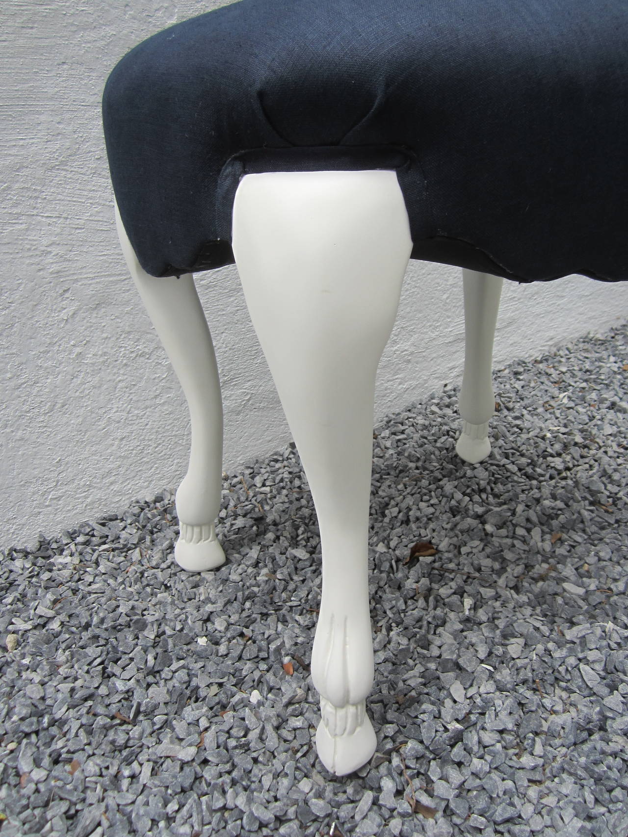 Goat Leg Stool In Excellent Condition For Sale In Sag Harbor, NY