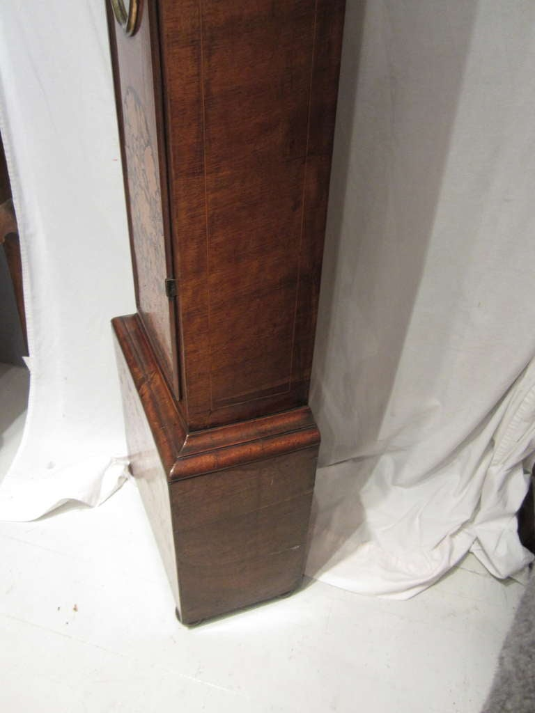 17th Century Walnut and Marquetry Longcase Clock For Sale 4