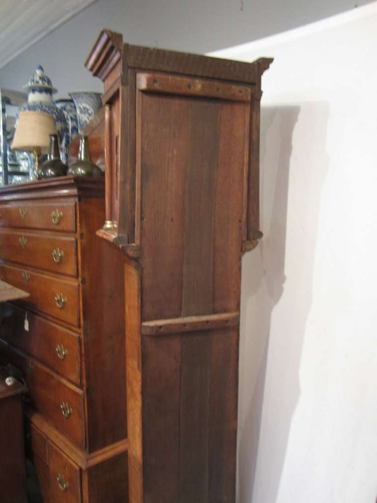 17th Century Walnut and Marquetry Longcase Clock For Sale 3