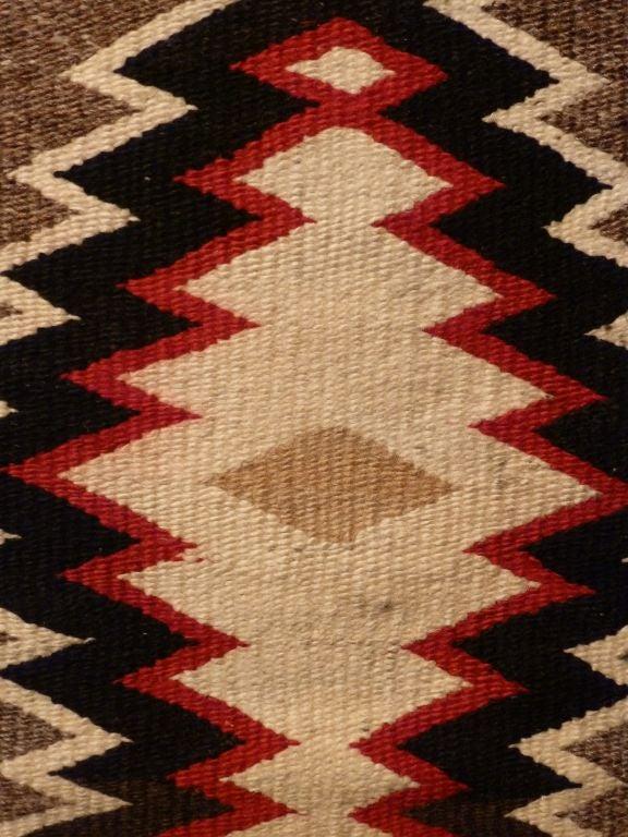 Navajo rug. For Sale 5