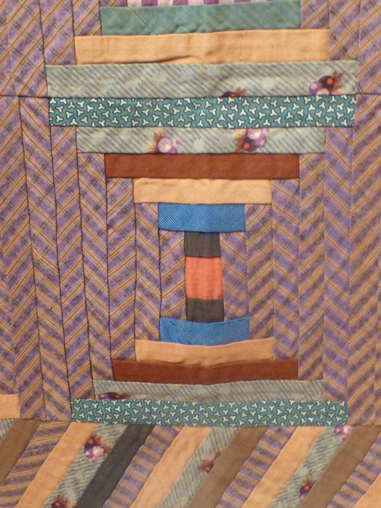 """Log Cabin-Courthouse Steps"" Antique Quilt 10"