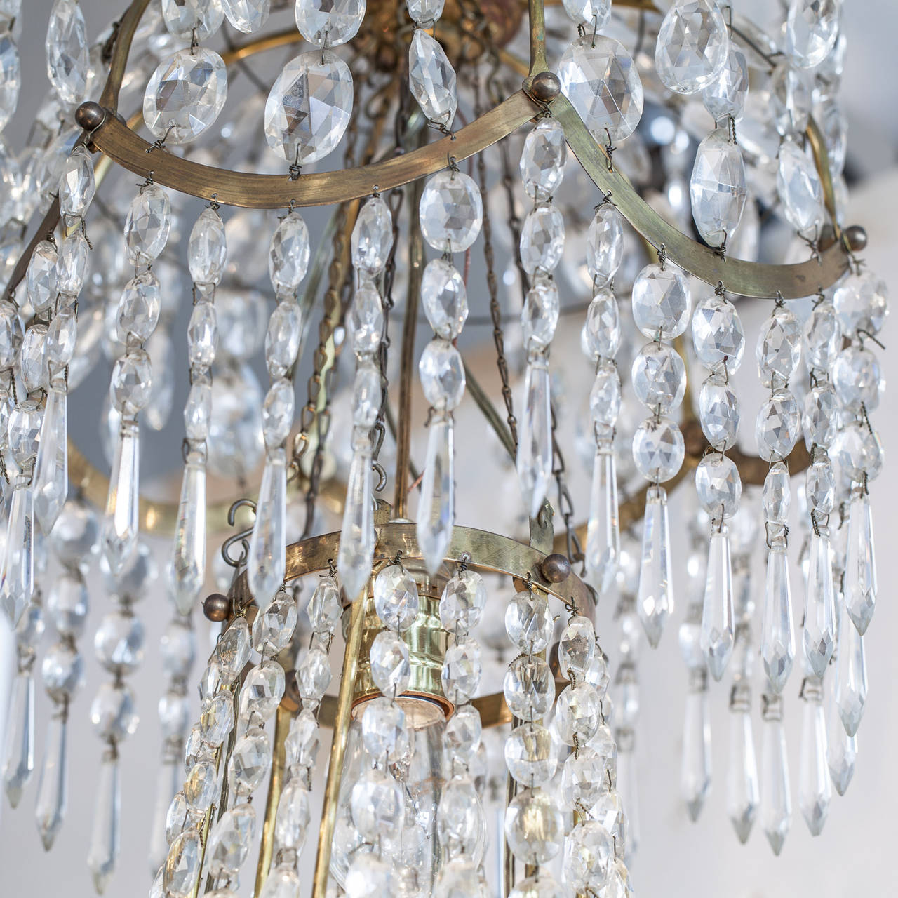 Swedish Gustavian-Style Chandelier, Late 19th Century For Sale 1