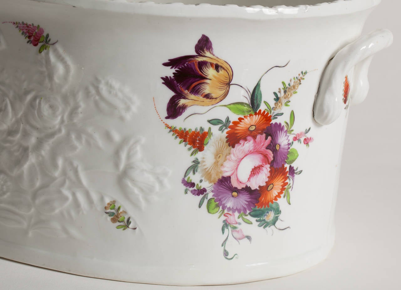English Flower Painted Footub, Possibly Coalport, circa 1850 2