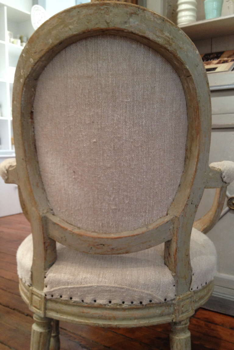 A pair of Swedish Gustavian period armchairs circa 1800. 4