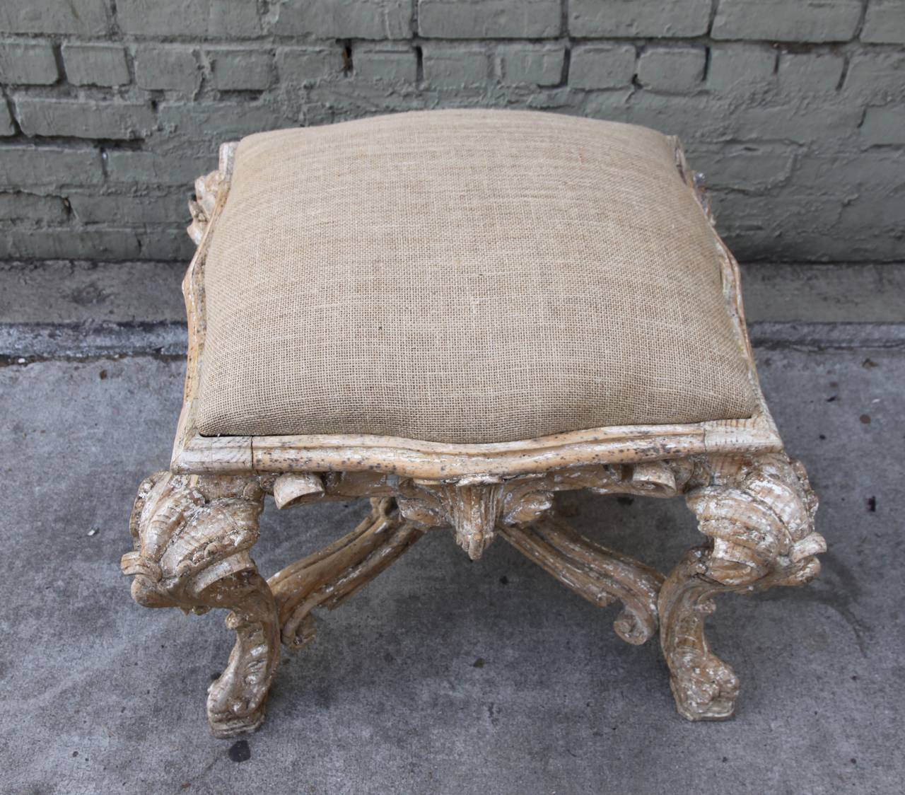 French carved rococo style bench at 1stdibs for French rococo style