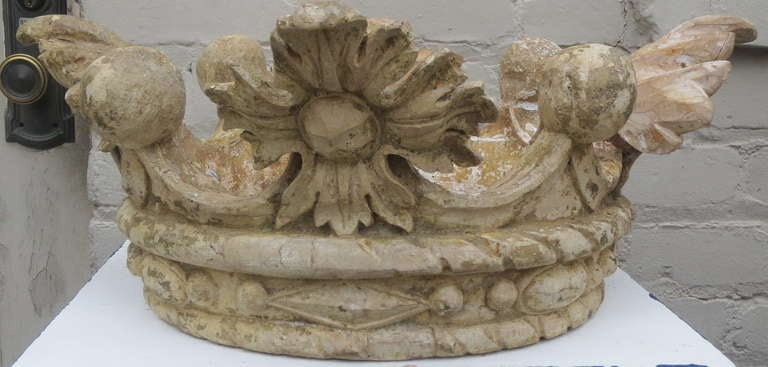 Carved Stone Crown : Th c carved italian crown at stdibs