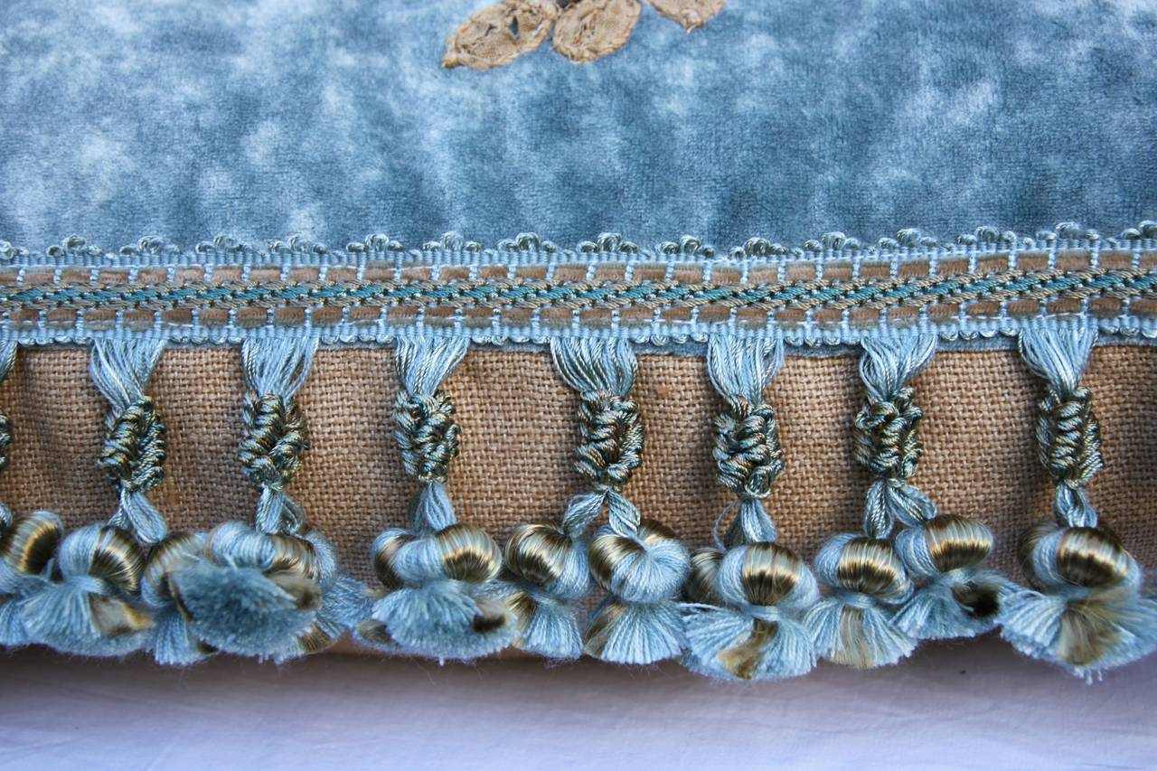 19th Century French Lace Appliqued Pillow In Excellent Condition For Sale In Los Angeles, CA