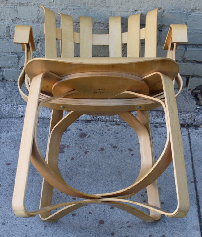 Frank gehry face off table and hat trick chairs 4 at for Table 6 trick