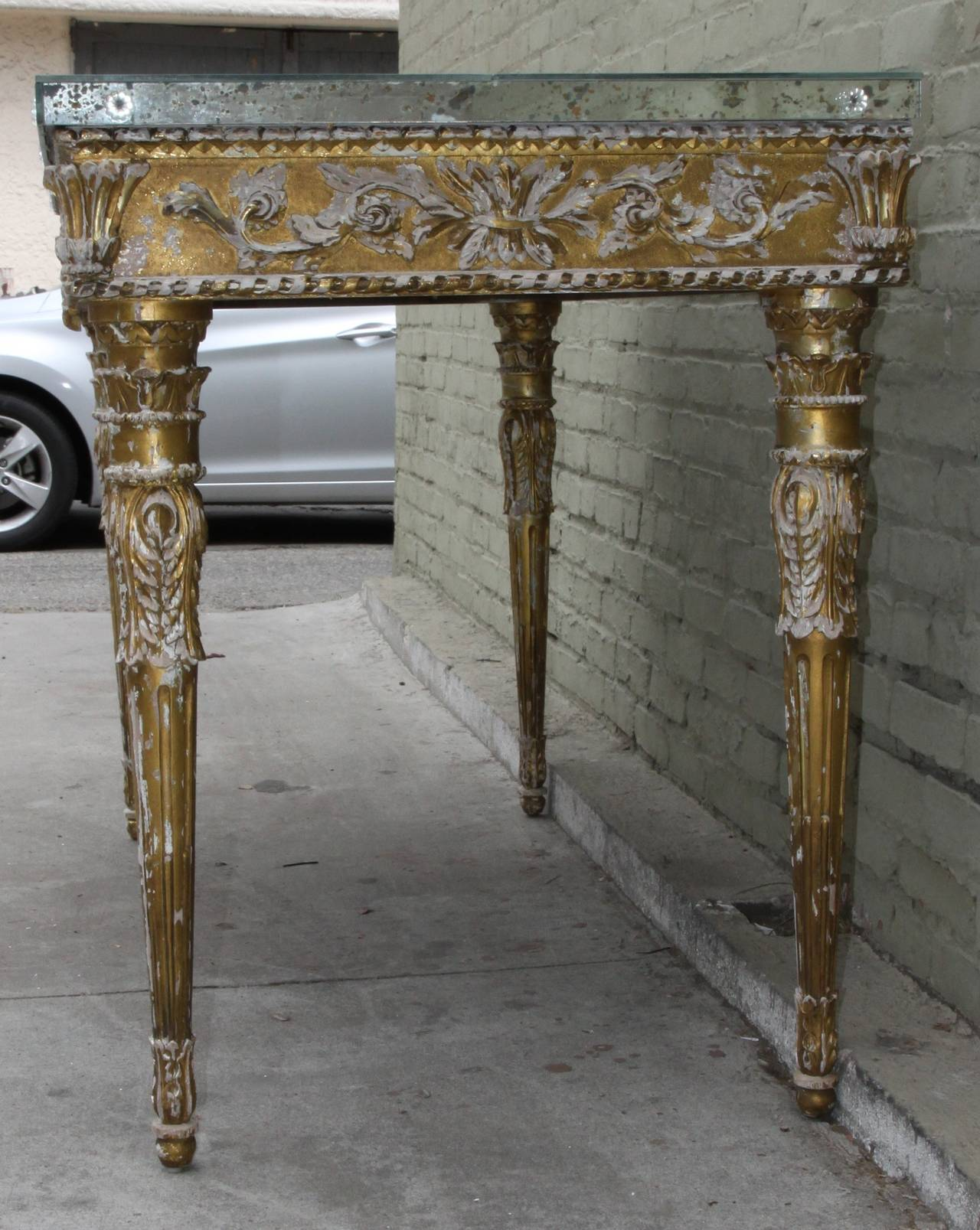 italian baroque style giltwood console with mirrored top for sale at 1stdibs. Black Bedroom Furniture Sets. Home Design Ideas