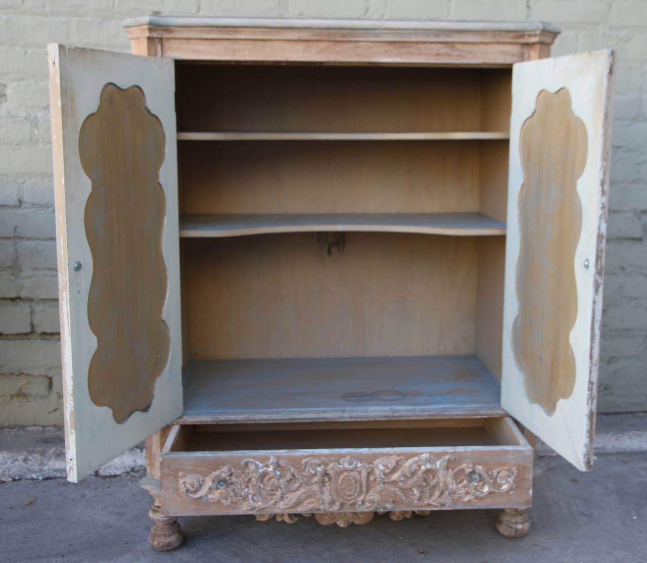 Italian carved cabinet with doors circa 1930s at 1stdibs for Carved kitchen cabinets