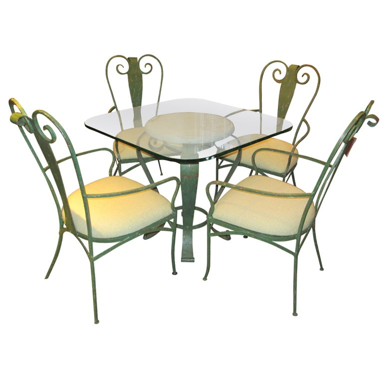 lyrical wrought iron patio table and chairs at 1stdibs. Black Bedroom Furniture Sets. Home Design Ideas