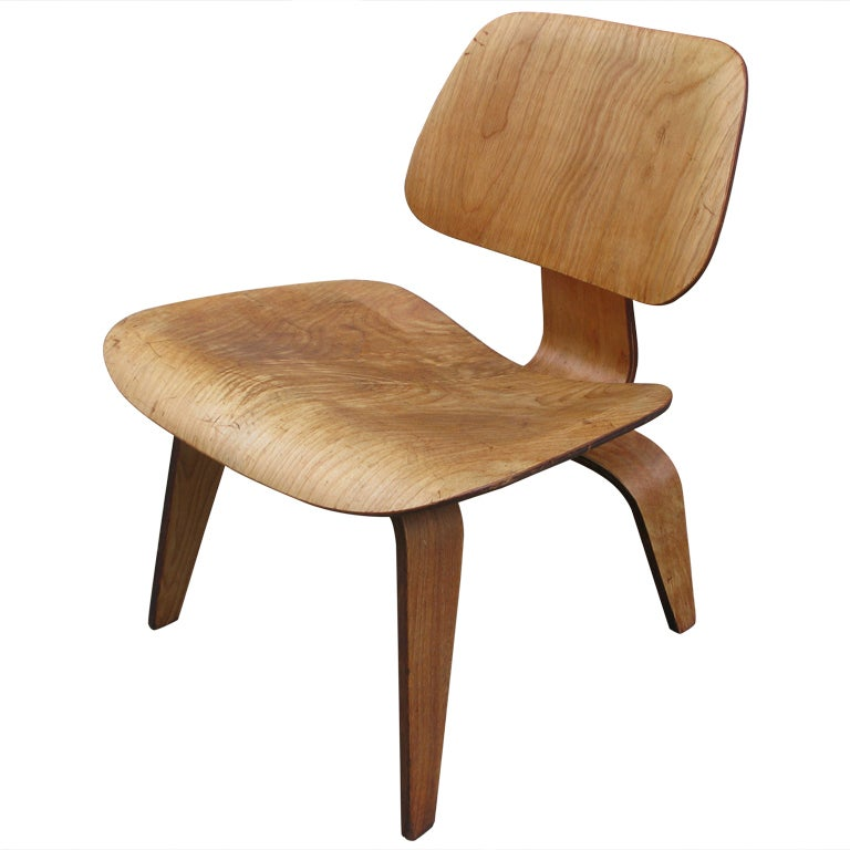 Charles eames for herman miller lcw at 1stdibs for Charles eames lounge chair nachbildung