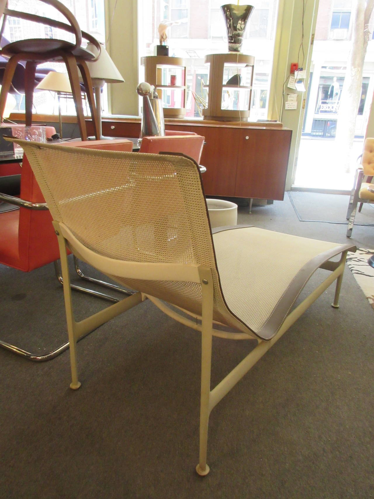 richard schultz outdoor chaise longue for knoll at 1stdibs