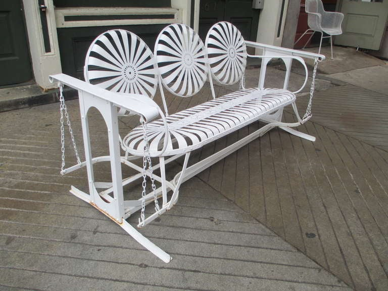 American 1950 S Metal Glider At 1stdibs