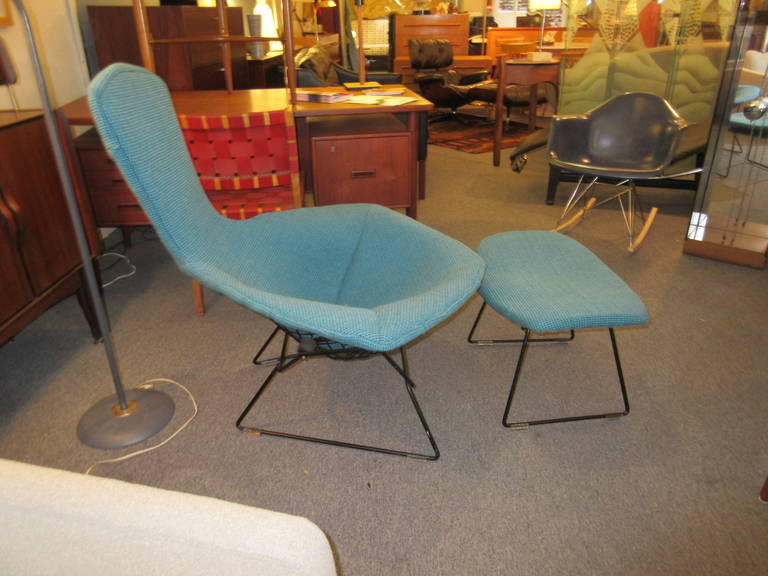 Mid-20th Century Bertoia Bird Chair and Ottoman for Knoll in Cato Fabric