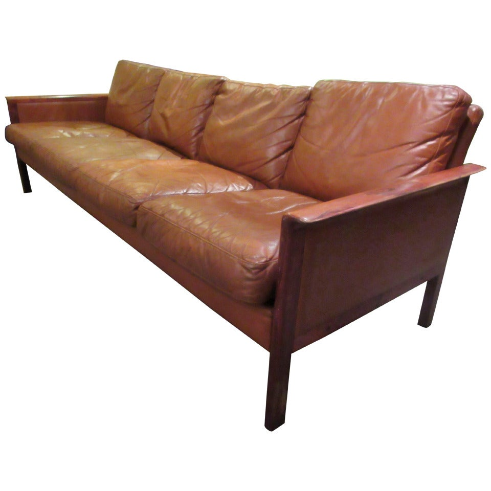 O Hans Olsen Rosewood And Leather Sofa At 1stdibs