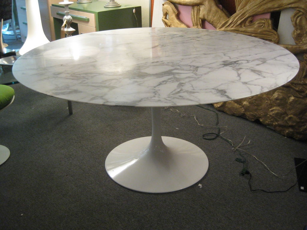 Eero Saarinen 60 Inch Marble Tulip Dining Table For Knoll