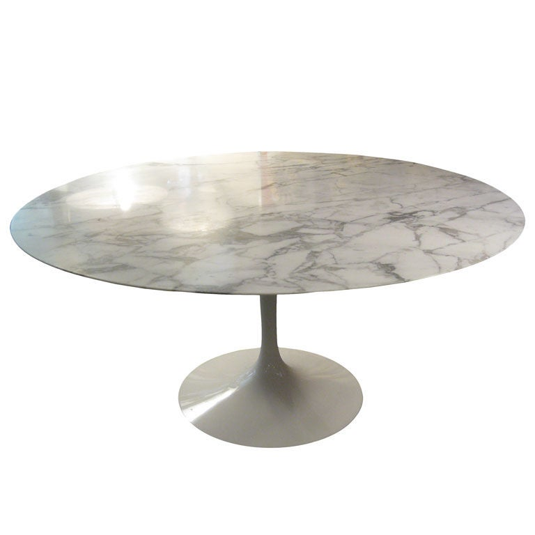 Dining Table Eero Saarinen Round Dining Table