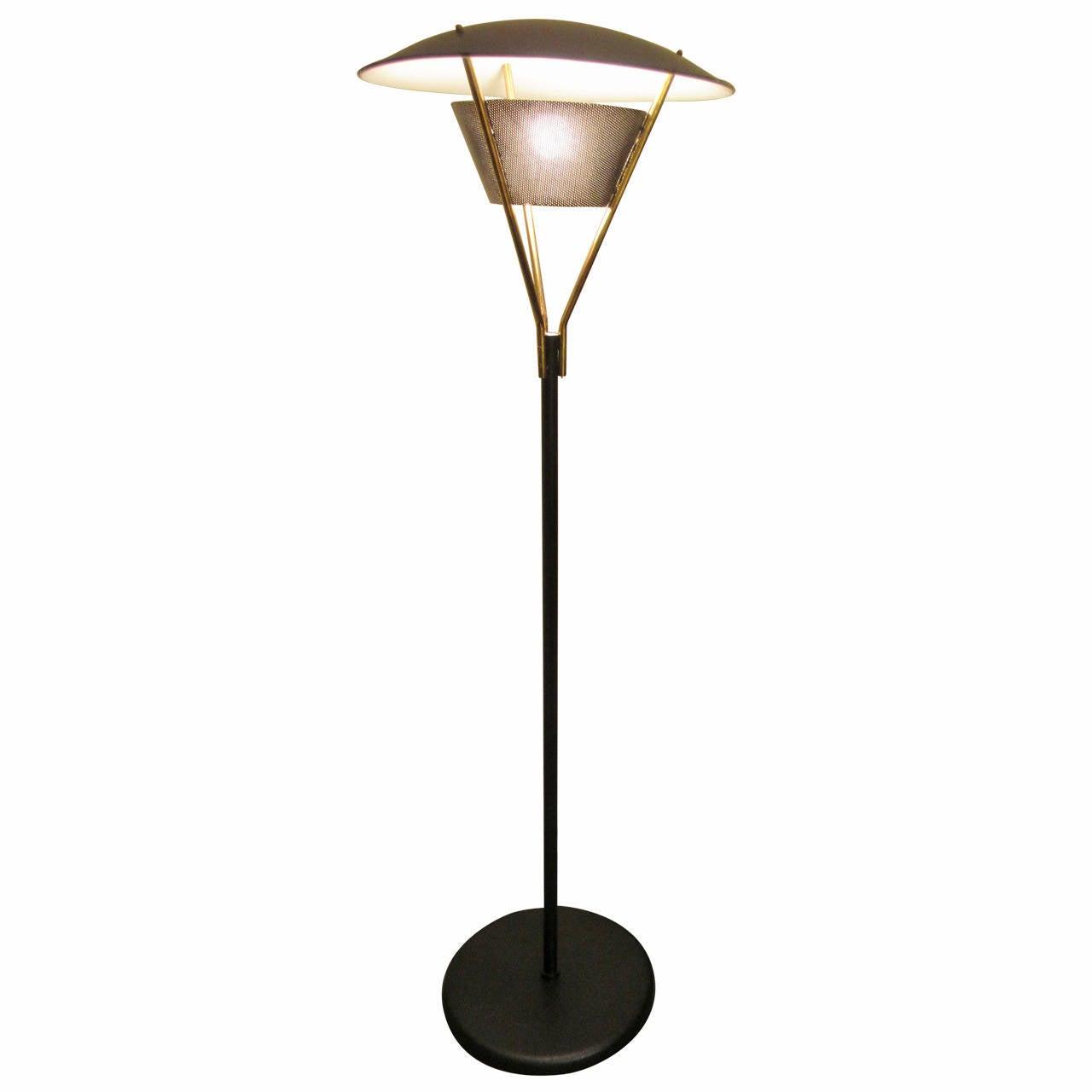 gerald thurston lightolier outdoor floor lamp at 1stdibs. Black Bedroom Furniture Sets. Home Design Ideas