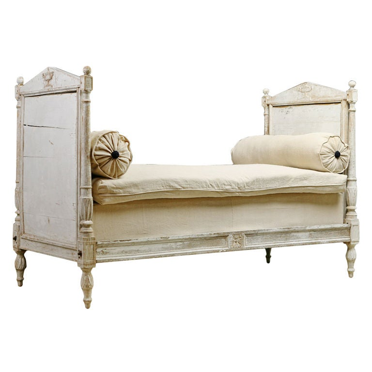 Vintage French Daybeds On Pinterest Daybeds Day Bed And
