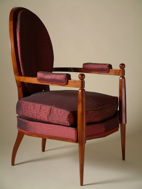 Ruhlmann Armchair In Excellent Condition For Sale In Philadelphia, PA