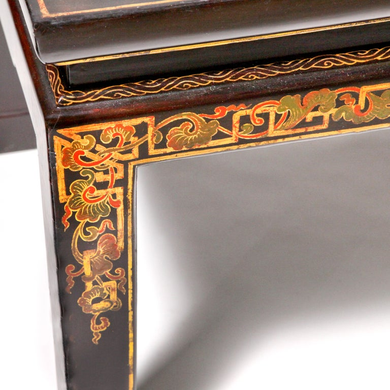 19th Century Chinese Lacquered Coffee Table For Sale