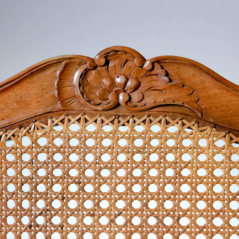 French Louis XV Caned Chairs In Good Condition For Sale In New York, NY