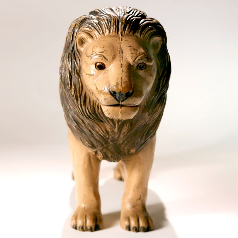 Vintage English Toy Lion In Good Condition For Sale In New York, NY