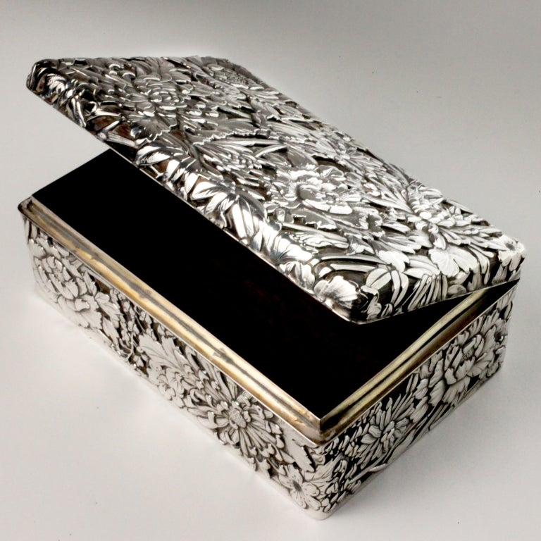 Silver Chrysanthemum Box image 5