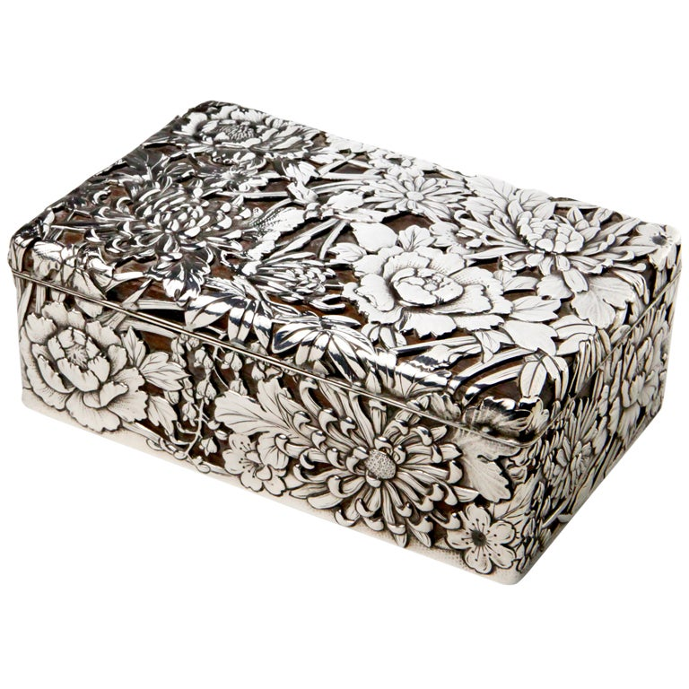 Silver Chrysanthemum Box