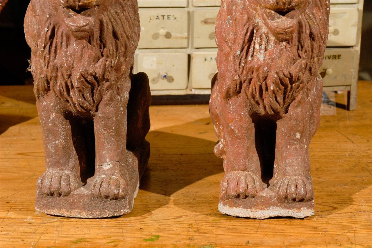Pair of Early 20th Century Old Stone Lions from France, Circa 1910 For Sale 4
