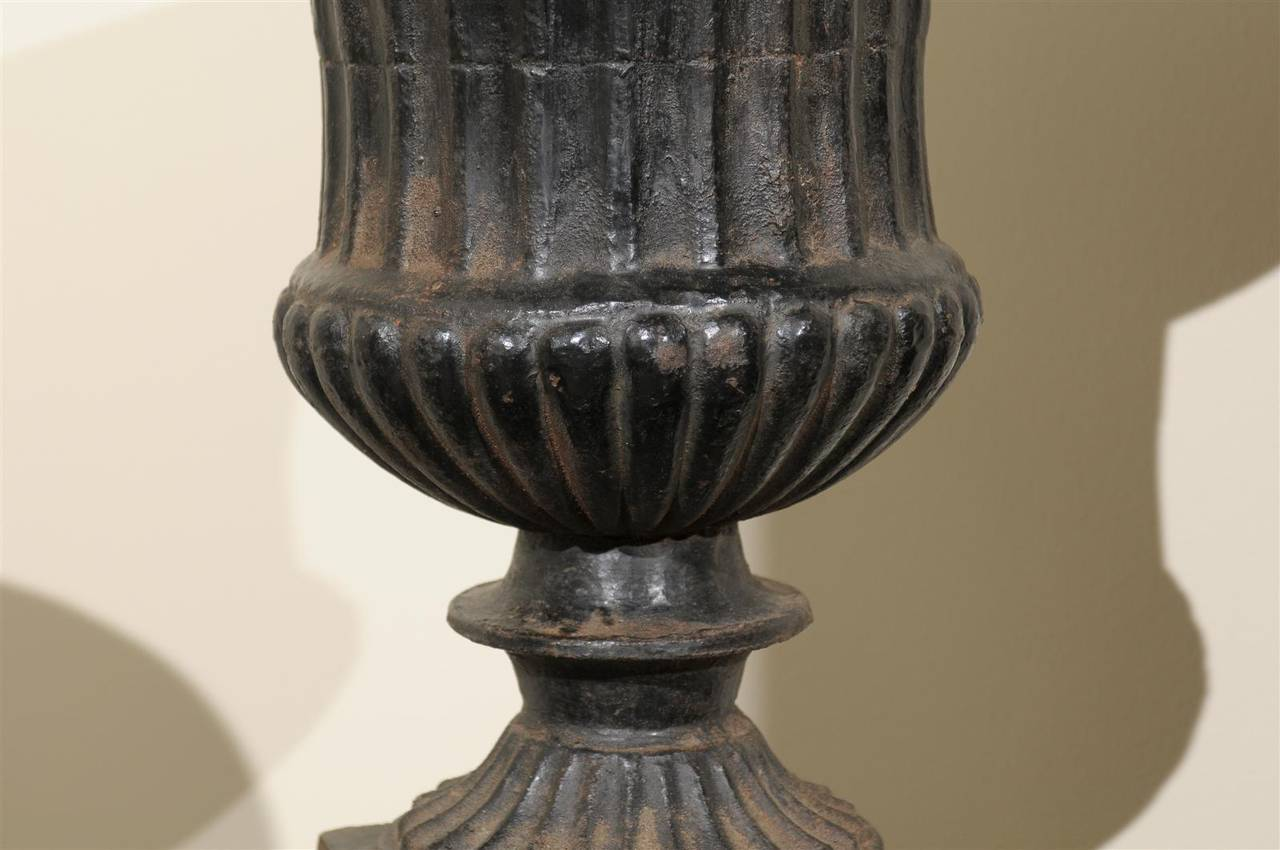 Pair of 19th Century Iron Urns from France In Distressed Condition For Sale In Atlanta, GA