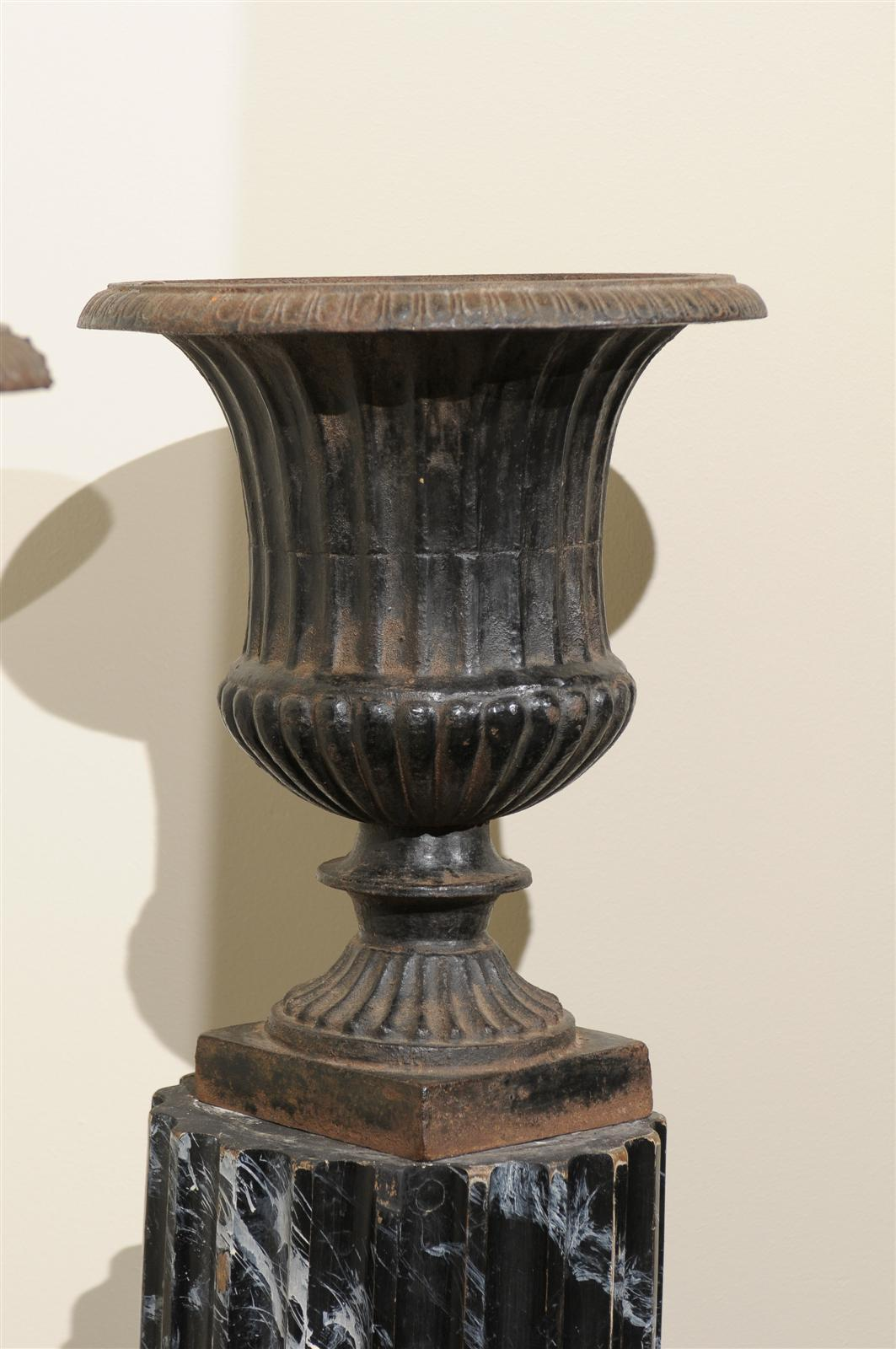 Pair of 19th Century Iron Urns from France For Sale 1