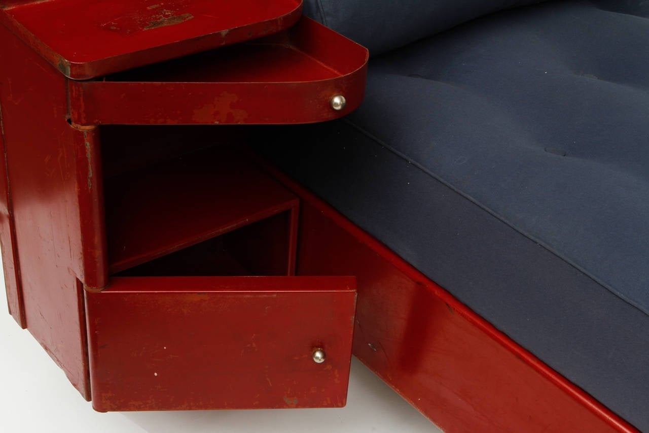French Jean Prouvé Red Daybed, circa 1935 For Sale