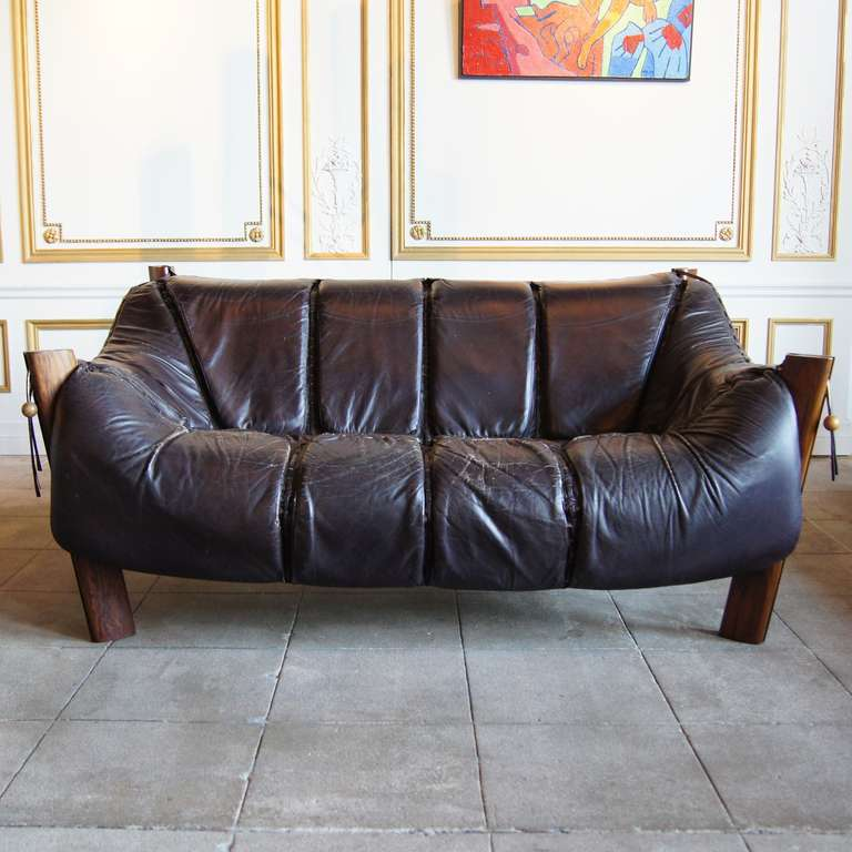 Leather Lounge Sofa by Percival Lafer, Brazil, Circa 1960 image 5